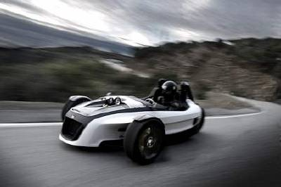 VWs GX3 concept vehicle blends the driving excitement of a sports car and motorcycle.